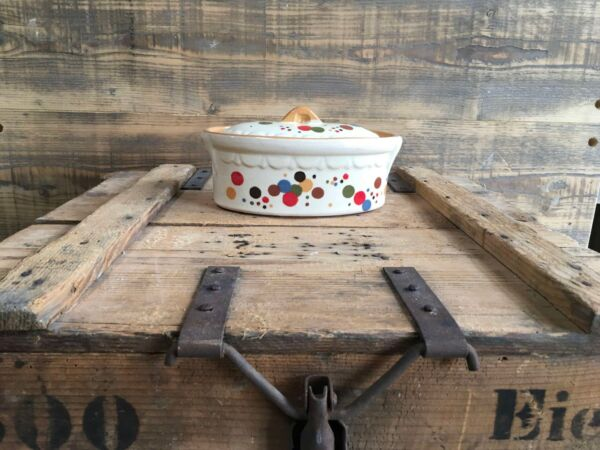 Handgefertigter Brotbacktopf aus Elsässer Keramik, für hohe Temperaturen in Holzbacköfen geeignet.