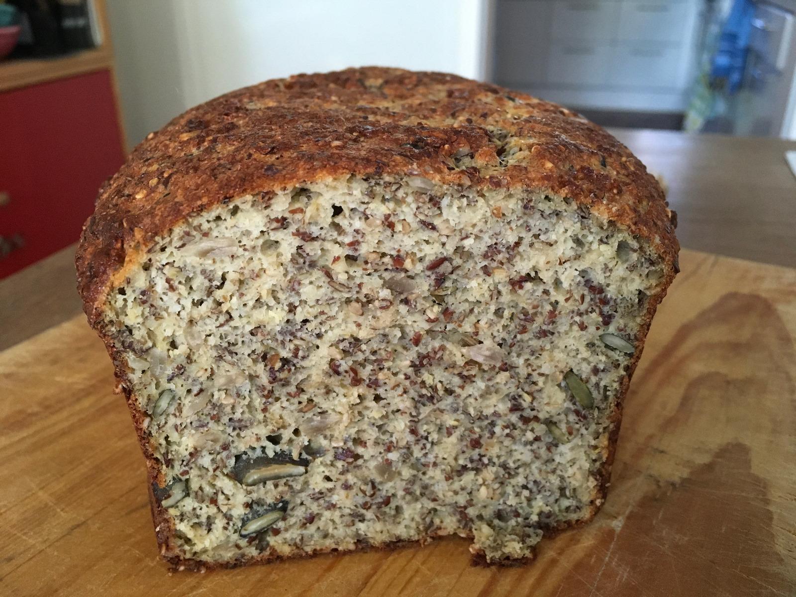 Die Krume ist perfekt und das Brot schmeckt sehr lecker.
